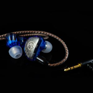 Model V1 藍